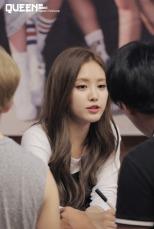 Son Na Eun (A Pink) (2)
